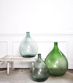 Dame jeanne vintage-Love these bottles Antique Glass Bottles, Vintage Bottles, Bottles And Jars, Glass Jars, Blog Deco, Bottle Vase, House Doctor, Decoration, Interior Inspiration