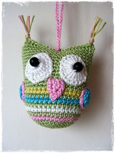 Cute Crochet owl Slight variation from other pattern Owl Crochet Patterns, Crochet Owls, Owl Patterns, Cute Crochet, Crochet For Kids, Crochet Animals, Crochet Crafts, Yarn Crafts, Crochet Stitches