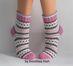 Baby Hats Knitting, Fair Isle Knitting, Knitting For Kids, Knitting Socks, Hand Knitting, Crochet Ripple, Knit Or Crochet, My Socks, Cool Socks
