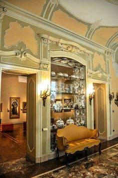 Poldi Pezzoli Museum Milan Italy Interesting china display upsidedown in the cabinet lid Naples, Italian Beauty, Italian Style, World Decor, Interior And Exterior, Interior Design, Old World Style, Swedish Design, Milan Italy