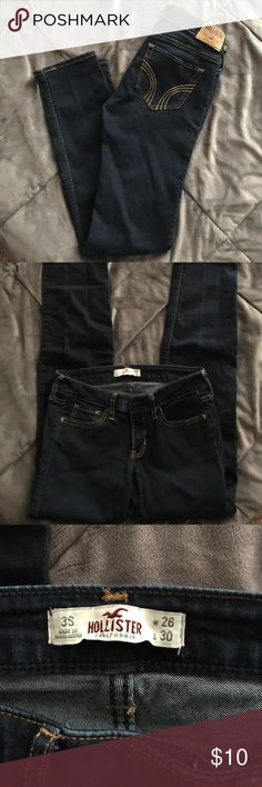 Hollister Jeans 👖 Hollister Jeans in great condition worn once size 3 short waist 26 length 30 dark denim Hollister Jeans Straight Leg