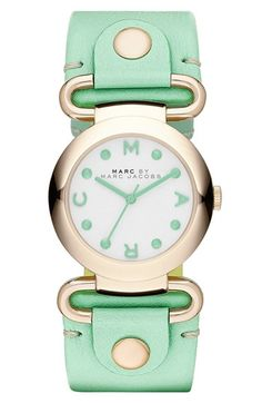 super cute & brand new! love this mint marc jacobs watch.