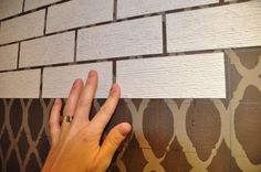 Faux Brick Wall Tutorial - I am really digging on this. needing to figure out what to do for my walls ( ah yes remodeling time) and I LIKE the look ! - Model Home Interior Design Wood Wallpaper, Textured Wallpaper, Paintable Wallpaper, Wallpaper Ideas, Faux Brick Walls, Home Improvement Loans, Home And Deco, Wall Treatments, Textured Walls