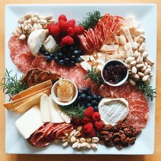 That Cheese Plate and Cheese by Numbers Marissa Mullen explains why cheese plates are so hot on right now. Plateau Charcuterie, Charcuterie Plate, Charcuterie And Cheese Board, Antipasto Platter, Cheese Platter Board, Cheese Platters, Food Platters, Cheese Boards, Cheese Appetizers