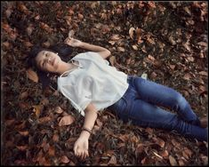 Melepas lelah di tikar daun