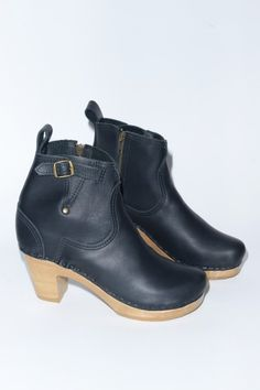 Birthday present to myself ? No.6 Store - Shearling and Leather Clog Boots, Vintage clothing and more