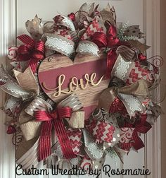 Wreaths make a great decoration for your home or as a gift for someone who appreciates and loves all things handmade by a designer. Custom Wreaths by Rosemarie helps you create beautiful, handmade wreaths for your home from Pearland, Texas. Valentine Day Wreaths, Valentines Day Decorations, Valentine Day Crafts, Holiday Wreaths, Holiday Crafts, Valentine Stuff, Homemade Valentines, Valentine Box, Valentine Ideas