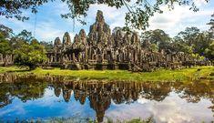 ie Tempelstadt von Angkor Wat ist eines der neun Weltwunder, UNESCO Weltkulturerbe und vermutlich die beeindruckendste Sehenswürdigkeit in ganz Südostasien Ta Prohm, Angkor Wat, Places To Travel, Places To Visit, Explore, Adventure, Vacation, Landscape, City