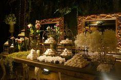 Mother of the Bride - Blog de Casamento - Dicas de Casamento para Noivas - Por Cristina Nudelman: Decoração de Casamento da Bagatelle - Projeto Laura Amaral - Branco e Verde http://www.motherofthebride.com.br/2013/08/decoracao-de-casamento-da-bagatelle.html#.UhVg1qWI1Qo