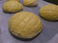 ORIGINAL MELON PAN { Little Accidents in the Kitchen }