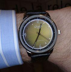 Glashütte original Sixties Iconic Golden 3