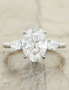 Gorgeous engagement ring idea; ~ Ken and Dana Design