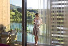 Zimmer Seeblick #ritzenhof #ritzensee #ruhe #entspannung #urlaub #wohlfühlen #genießen #Genuss Haus Am See, Hotel Spa, Seen, Curtains, Shots, Travel, Home Decor, Summer Recipes, Homes