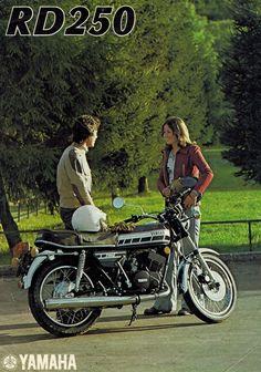 1976 Yamaha RD250 Motorcycle Sales Brochure 2 cyl 2 stroke 76 RD 250   eBay