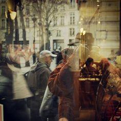 """2007, Παρίσι, ρεπεράζ για την καθημερινή σειρά του Mega """"Μαρία η άσχημη"""""""