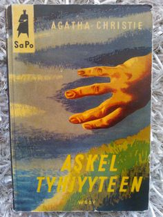 Agatha Christie:  Askel tyhjyyteen (Finnish).  (Why Didn´t They Ask Evans?) (1953)