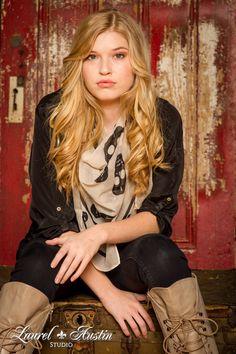 Laurel Austin Studio www.laurelaustin.com  senior portraits, fashion, high school seniors, modeling, Kansas City