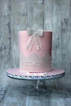 Pink Holy Communion cake for lovely Maja. Cupcake Cookies, Cupcakes, Sugar Veil, Holy Communion Cakes, Pink Cakes, Pink Foods, Beautiful Cakes, Christening, Holi