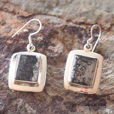 Originales pendientes de plata 925 con ágata dentrite de Hechizo de Plata Joyería http://www.hechizodeplata.com/comprar/pendientes-dendrite/