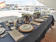 Tablecloths on belgian limen in blue navy colour for a yatch Navy Colour, Color, Tablecloths, Projects, Blue, Napkins, Log Projects, Colour, Table Clothes