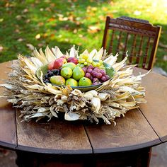 """Mabon is the """"Witches' Thanksgiving."""" Its celebrated on the Autumn Equinox, and is the second of the three harvest holidays. This holiday is for the harvest of fruits and vegetables, and any grains leftover from Lughnasadh, such as the last of the corn. Corn Husk Wreath, Straw Wreath, Harvest Festivals, Diy Thanksgiving, Thanksgiving Decorations, Table Decorations, Sabbats, Autumnal Equinox, Wreath Ideas"""