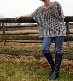 Grey Short-Sleeved Knit Sweater | Women's Clothing | Relais Knitware | Scoutmob Shoppe | Product Detail