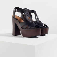 Image 3 of WOODEN PLATFORM LEATHER SANDALS from Zara