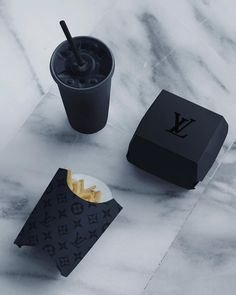You can't expect to look like a million bucks if you eat from the dollar menu. ◾️ @anckor x @louisvuitton