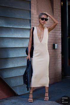 Vanessa Hong The Haute Pursuit Street Style Street Fashion Streetsnaps by STYLEDUMONDE Street Style Fashion Photography