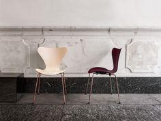 Fritz Hansen Serie 7 - Fritz Hansen Choice 2017 von Arne Jacobsen, 1955 - Designermöbel von smow.de Fritz Hansen, Arne Jacobsen, Nordic Design, Scandinavian Design, Hygge, Pots, Old Chairs, Cafe Chairs, Aesthetic Design