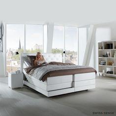 Witte slaapkamers | Inspiratie voor een frisse en ruimtelijke slaapkamer | SwissSense.nl
