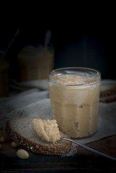 Erdnussbutter selbst gemacht – in 3 leckeren Varianten – Backbube