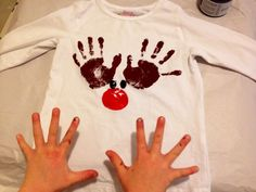 Potato print reindeer nose potato potato Handprint Reindeer T-Shirt – Christmas… - Rentier basteln Christmas Handprint Crafts, Reindeer Handprint, Reindeer Noses, Preschool Christmas, Toddler Christmas, Holiday Crafts, Christmas Activities, Fall Crafts, Sweets