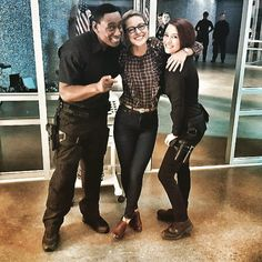 davidharewood: Don't forget to smile today ! Supergirl Superman, Supergirl And Flash, Supergirl Series, Melissa Benoist, Black Canary, Catwoman, Alter Ego, Aquaman, Doctor Who
