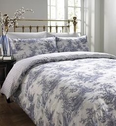 heritage toile bedset not willow pattern but evans lala i saw it and loved it itu0027s about to adorn my bed once dry from the wash