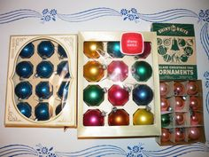 3 VINTAGE BOXES MERCURY GLASS FEATHER TREE ORNAMENTS SHINY BRITE USA Mixed Lot