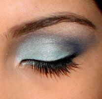 Google Image Result for http://www.makeupdict.com/makeup/eye-makeup.jpg
