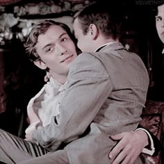 """Jude Law portraying Bosie in """"Wilde"""" 1999 Pretty Boys, Cute Boys, Jude Law, Cute Gay Couples, Boyxboy, Comme Des Garcons, Character Inspiration, Sexy Men, Poses"""