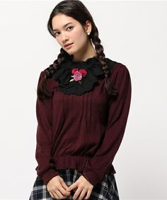 axes femme(アクシーズファム)の首元バラ付デザインプルオーバー(Tシャツ/カットソー)|パープル