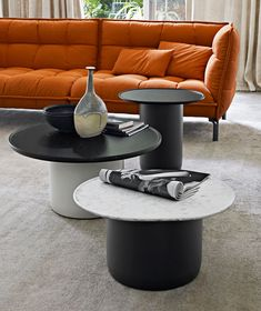 Small Table: BUTTON TABLES - Collection: B&B Italia - Design: Barber and Osgerby