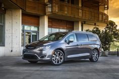 A fully electric concept vehicle based on the Chrysler Pacifica minivan will be showcased by Fiat-Chrysler at the upcoming Consumer Electronics Show (CES) in January, according to recent reports Fiat Panda, Honda Odyssey, Toyota, Ford Transit, Chevrolet Corvette, Chrysler Van, Chrysler 2017, Chevrolet Cheyenne, Shopping