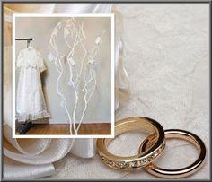 Wensboom bij bruiloft. verkrijgbaar webshop decoratietakken Corsage, Incense, Hoop Earrings, Mirror, Home Decor, Decoration Home, Room Decor, Mirrors, Interior Decorating