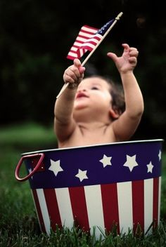 4th of july. If you have a baby around, this is a really good idea!