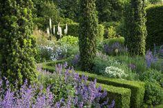 West garden - Tom Stuart-Smith