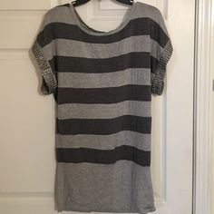 Dolman top/ mini dress striped Very stretchy Dolman top. Marked small, but definitely fits large as i am and fit perfect. Could be mini dress or with leggings. Worn once Forever 21 Tops