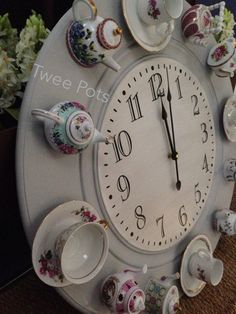 It's time for tea! Have been busy making teapot /teacup clock! (Made by Siouxsan Major /Twee Pots)