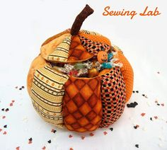 Sewing Lab: Pumpkin candy case tutorial