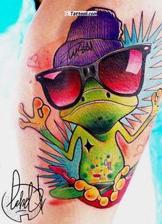 New school Tattoo Style Gallery in World Tattoo Gallery Tiki Tattoo, Tattoo Ink, Tattoo Drawings, Body Art Tattoos, Art Drawings, Frog Tattoos, Cartoon Tattoos, Desenho New School, Sloth Tattoo