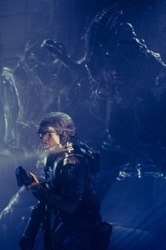 Maybe they don't show up on infra-red at all... #Aliens (1986)