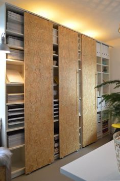 The IKEA hack. They just keep getting better and better, don't they? We cam. - Ikea DIY - The best IKEA hacks all in one place Ikea Hackers, Ikea Hack Billy, Ikea Pax Hack, Ikea Billy Bookcase Hack, Porta Diy, Hacks Ikea, Diy Hacks, Billy Regal, Diy Sliding Door